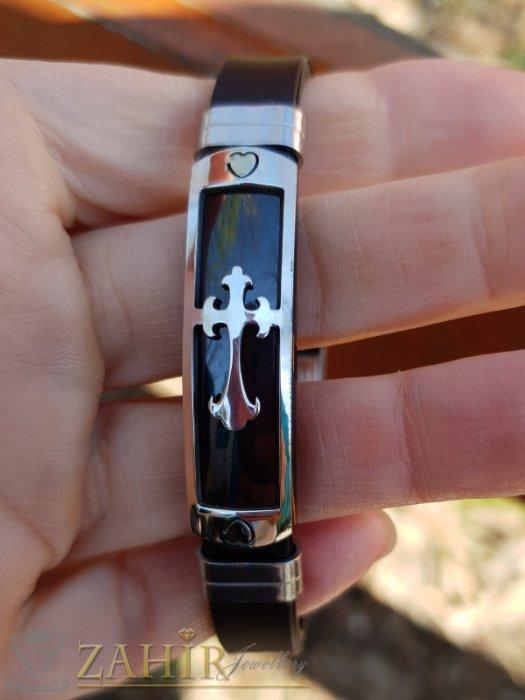 Бижута за мъже - Силиконова черна гривна 20 см с черна стоманена плочка 4 см с кръст - GS1359