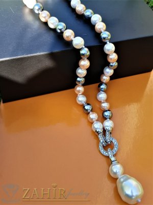 Два варианта на една огърлица от бели и графитени 0,9 см перли Майорка, дължина 48 см с висулка 5 см - K1918