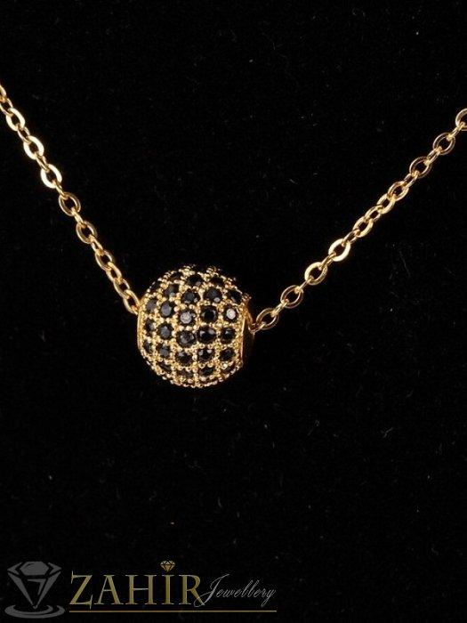 Дамски бижута - Красива златиста топка 1 см с черни ковани кристали на нежно колие от позлатена стомана 45 или 50 см по избор - K1991