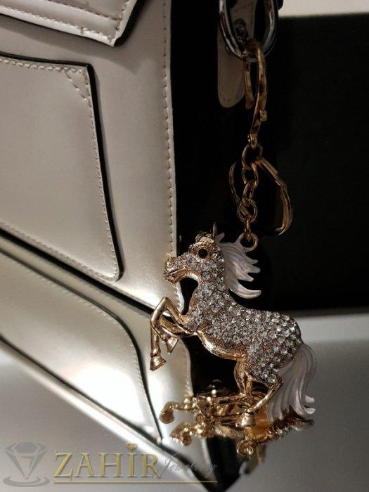 Аксесоари за коса - Удивителен кристален позлатен кон с бяла грива на ключодържател или аксесоар 12 см - KL1082