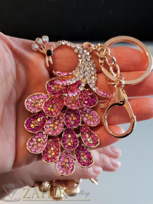 Аксесоари за коса - Възхитителен розово-бял кристален паун 8 на 5 см на позлатен ключодържател 13 см - KL1091