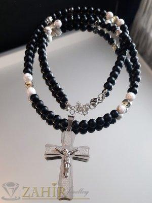 Класически стоманен кръст 6 см с молитва и Исус на колие 65+5 см от черен оникс и бял хаулит 8 мм - MK1374