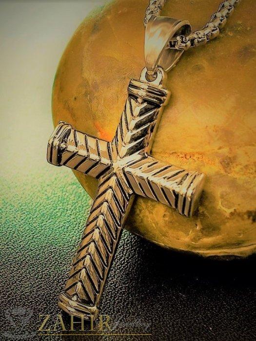 Бижута за мъже - Елегантен позлатен стоманен кръст 4 см с красива гравирока на стоманена верижка в 4 размера, широк 0,4 см - ML1515