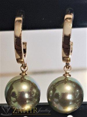 Маслено зелени перлени висящи обеци 3 см с перла 1 см, златно покритие на винт - O2606