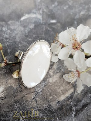 Изящен полиран бял седеф на овален пръстен 3,5 на 2 см, регулиращ се - P1495