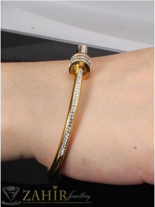 Дамски бижута - Кристална гривна изящна изработка тип бенгъл от медицинска стомана, диаметър 6 см, златно покритие - G2115