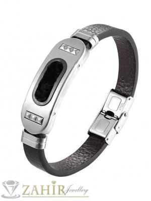 Черна кожена  гривна 22 см с ефектна триизмeрна плочка 4 см от неръждаема стомана с гравировка гръцки мотиви- GS1389