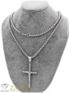 Класика-изчистен кръст с Исус 4 на 2,5 см от неръждаема стомана на верижка в 4 размера, широка 0, 4 см - ML1557