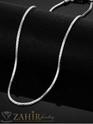 Много тънка верижка от неръждаема стомана 54 см с плоска  плетка, ширина на звеното 0,2 см, високо качество - ML1574