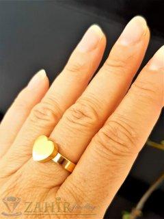 ТОП КАЧЕСТВО полирано стоманено сърце на класически пръстен, златно покритие, изящна изработка - P1544