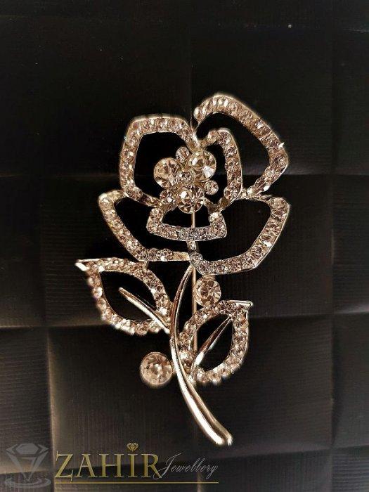 Брошки - Великолепна брошка кристален букет със златно покритие и бели камъни, размери 6 на 3,5 см- B1014