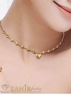 Много нежно сърце на верижка със сърца в 3 размера, позлатена стомана - K1407