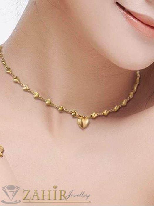 Дамски бижута - Много нежно сърце на верижка със сърца в 3 размера, позлатена стомана - K1407