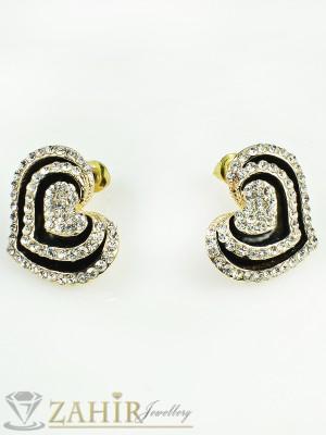 Сладки обеци сърца - 2 см с нежни кристали, златно покритие, закопчаване на винт - O1944