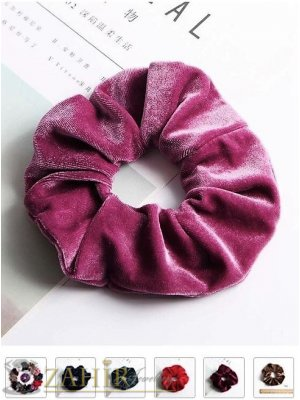 Велурен  ластик за коса в цвят пепел от рози с диаметър 13 см, много мек, носи се на опашка или за гривна - L1126
