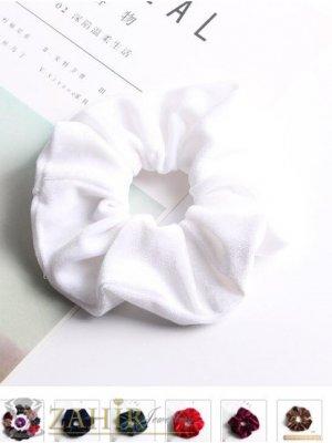 Бял велурен  ластик за коса с диаметър 13 см, много мек, носи се на опашка или за гривна - L1128