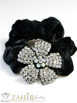 Черен велурен ластик с цвете от бели кристали - LK1001