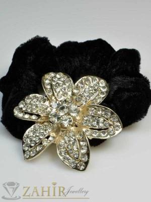 Черен велурен ластик с цвете от бели кристали - LK1007