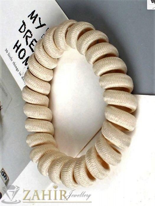 Аксесоари за коса - 1 бр. ластик спирала с бежов цвят ,нов дизайн с мека тъкан, голям 5 см, носи се на опашка или за гривна - LS1018