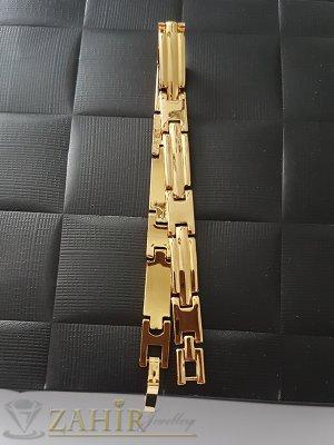 Стилна позлатена гривна верижка дълга 19,5 см с гравирани плочки, широка 0,7 см - G1222