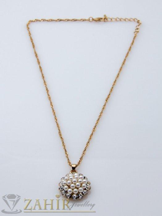 Изящно изработено колие 45 см с перлена висулка 2 см с кристали, позлатено- K1385