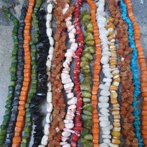 Изберете своето лятно колие от седеф, корал или цветен ахат по размер от 40 до 60 см, поръчай на 0894 551005 или на съобщение