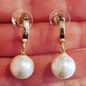 Много модели и цветове перлени обеци на zahir.bg #бижу#бижута#обеци#мода#перли#колиета#гривни#jewels#jewelry#fashionjewels#fashion#мъжкибижута#бижутерия#висококачество#бижутазахир #гривна#висококачество #дамски #дамскамода #онлайнпазаруване #онлайн